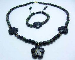 خرید ست گردنبند و دستبند روبی زوئیزایت و لاجورد با قیمت مناسب
