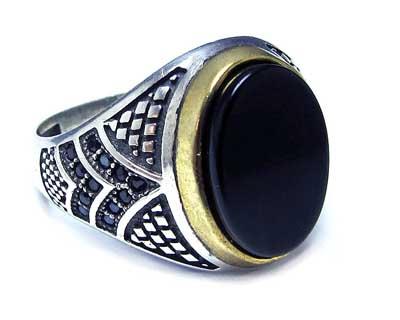 خرید انگشتر نقره عقیق سیاه با قیمت مناسب