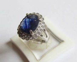 blue Saphire ring
