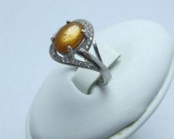 خرید انگشتر نقره سنگ خورشید (سانستون) با قیمت مناسب