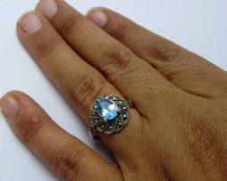 انگشتر زنانه توپاز آبی، سنگ ماه آبان، انگشتر متولدین آبان، سنگ متولدین آبان، توپاز آبی، انگشتر نقره توپاز آبی