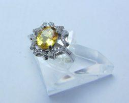 خرید انگشتر نقره زنانه سیترین با قیمت مناسب