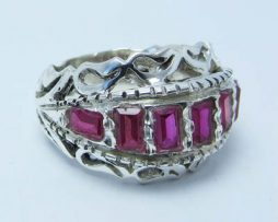 خرید انگشتر نقره مردانه یاقوت سنتتیک با قیمت مناسب