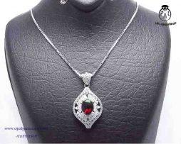 خرید آویز گردنبند نقره زنانه گارنت با قیمت مناسب