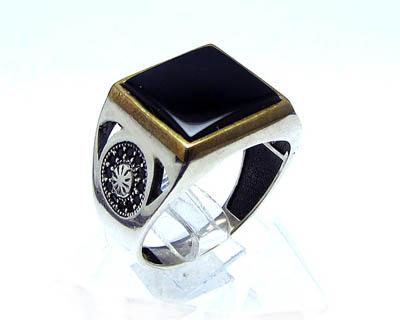 خرید انگشتر نقره مردانه عقیق سیاه با قیمت مناسب